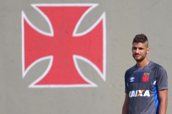 Guilherme Costa foi autor do quarto gol no triunfo sobre o Vitória no Barradão