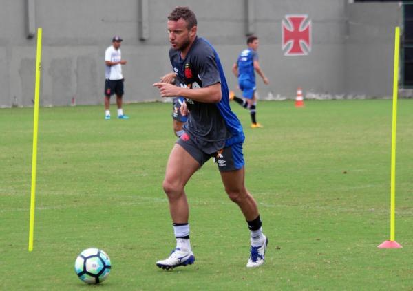 Marcelo Mattos em treino do Vasco