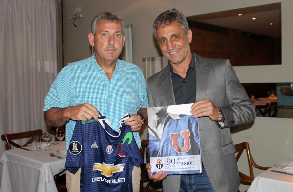 Presidente da La U, Carlos Heller, retribui gentileza do presidente Alexandre Campello