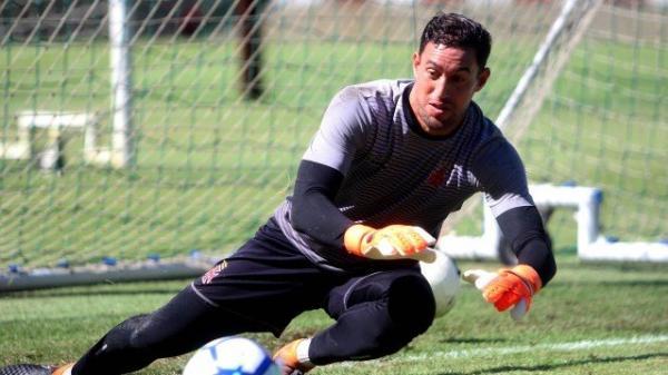 Martín Silva em treino do Vasco