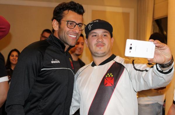 Treinador Alberto Valentim fez a alegria dos sócios-torcedores