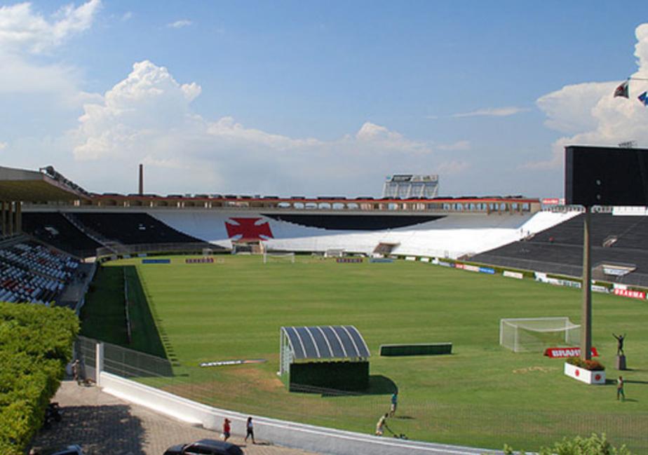 Vasco aproveitou a paralisação para reformar o estádio