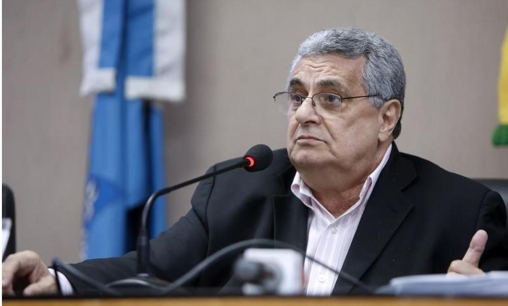 Rubens Lopes, presidente da Ferj, é médico e pós-graduado em doenças infecciosas