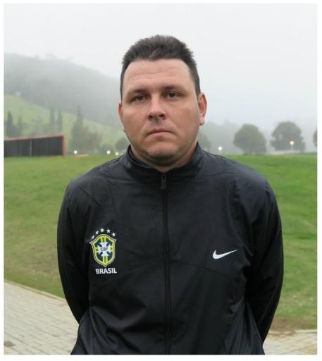 Thiago Kosloski chega para reforçar a comissão técnica