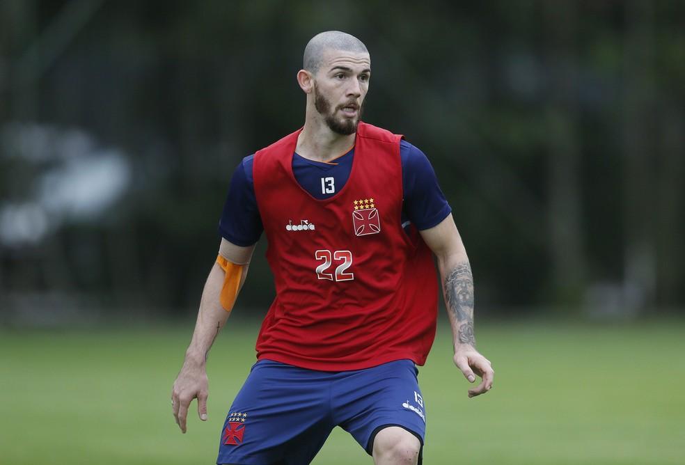 Luiz Gustavo jogou entre 2018 e 2019 no Vasco