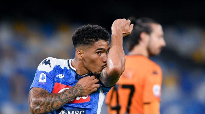 Vasco pode receber uma bolada na conta caso transferência de Allan ao Everton se concretize