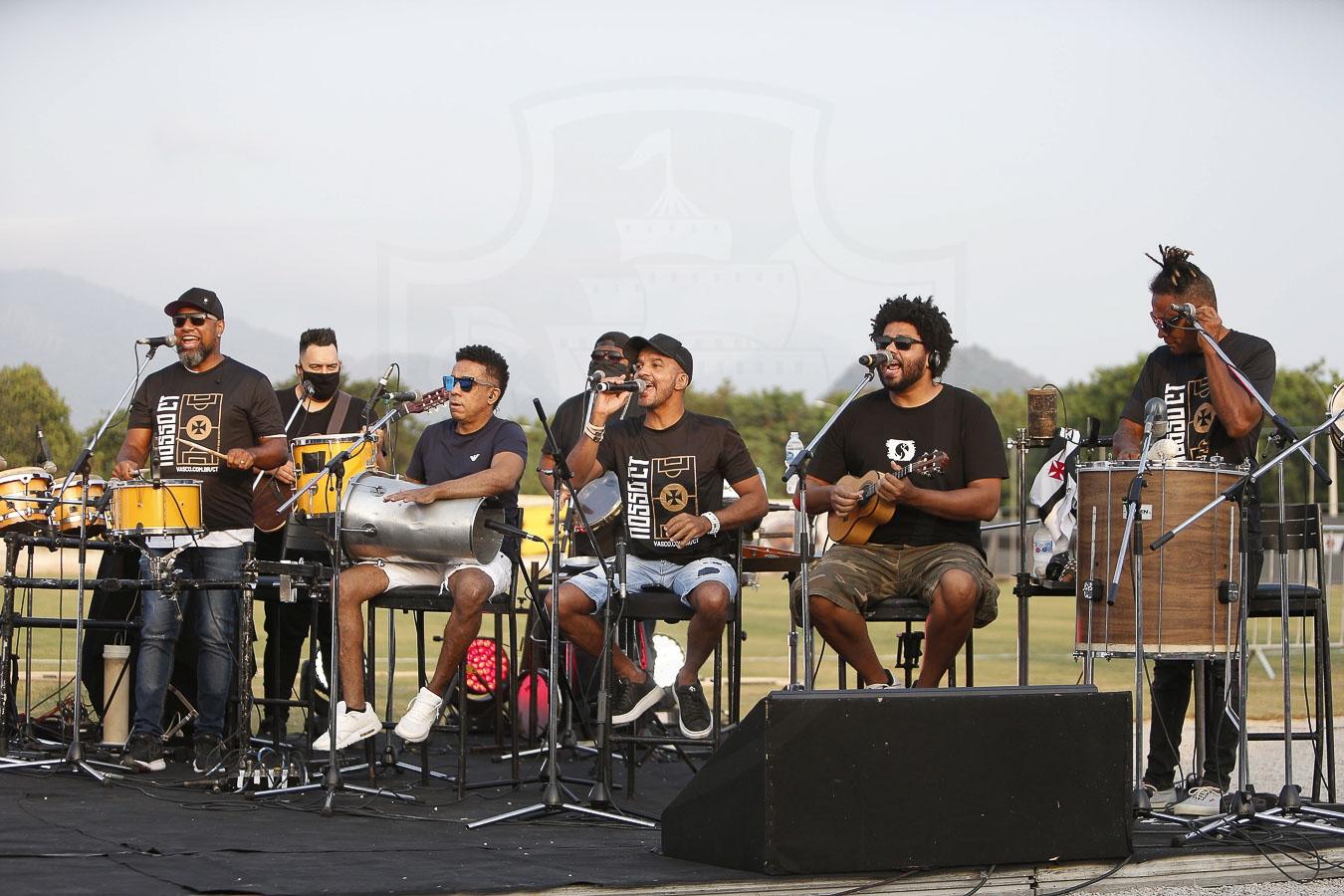 Grupo Bom Gosto durante o evento