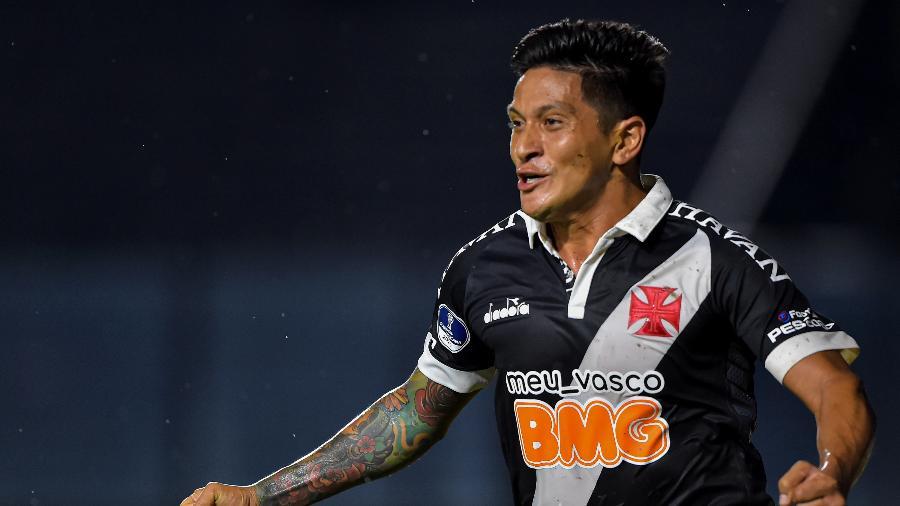 Cano comemora gol marcado pelo Vasco contra o Oriente Petrolero, pela Copa Sul-Americana