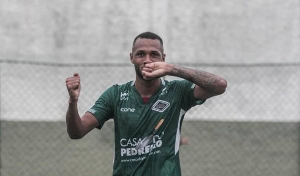 Gustavo Coutinho é alvo do Vasco